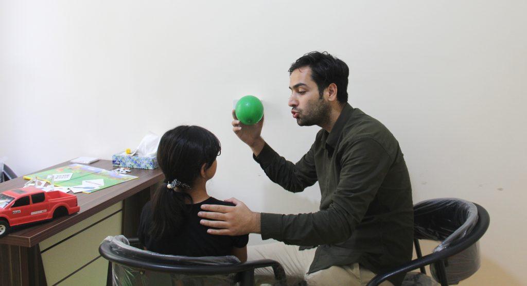 گفتاردرمانی کودکان در صادقیه